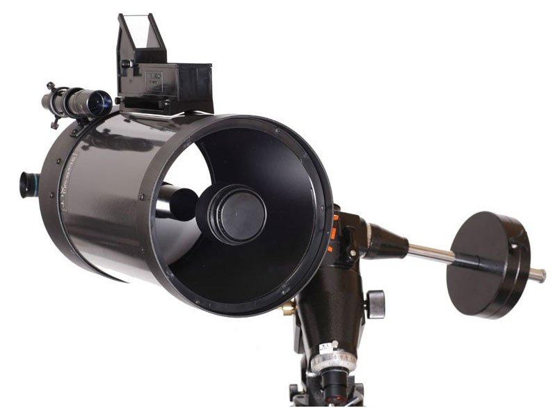 Telrad Finderon Schmidt-Cassegrain telescope